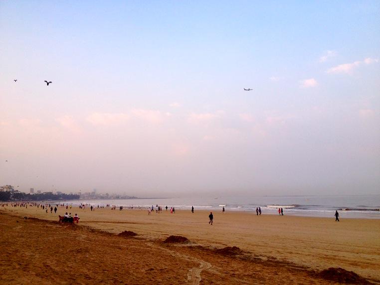 Mumbai-Morning-Juhu-Beach