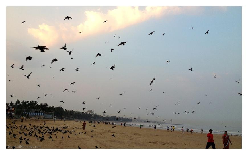 Mumbai-Mornings-Juhu-Beach