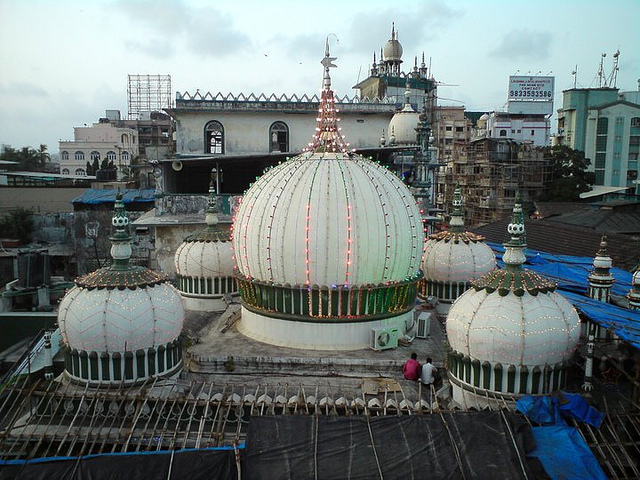 Mumbai-Mornings-Mahim-Dargah